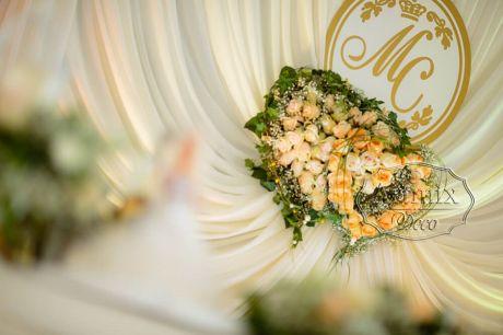 Свадебная монограмма с цветами