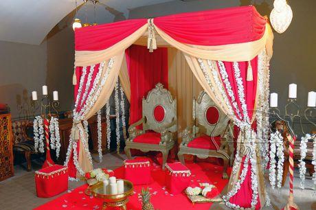 Свадьба в индийском стиле под шатром в ресторане Namaste / Намасте