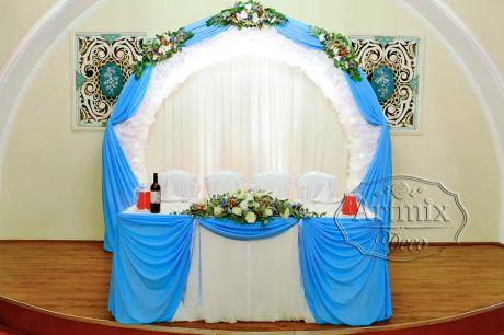 Оформление свадебного фона в зимней стилистике