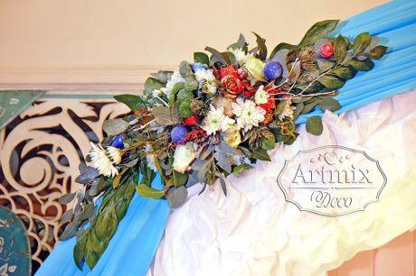 Цветочные ансамбли для свадебной арки