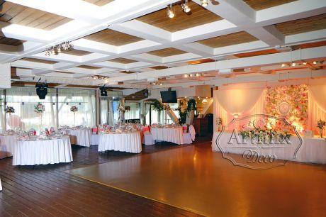 Оформление свадебного зала в ресторане Море