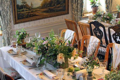 Плетеные корзины для цветочных композиций
