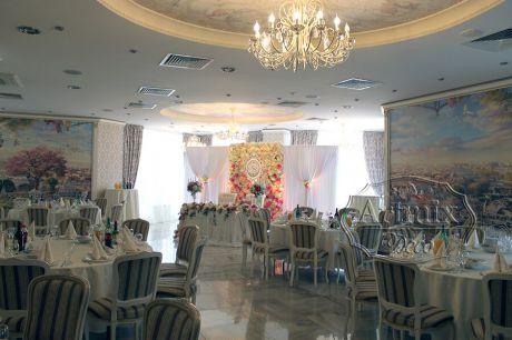 Свадьба в ресторане Ля Мур, Мраморный зал