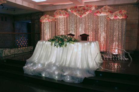 Оформление свадьбы в армянском ресторане Амроц