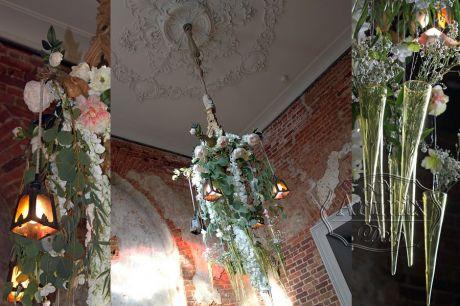 Цветочная люстра для свадебного торжества в стиле Лофт